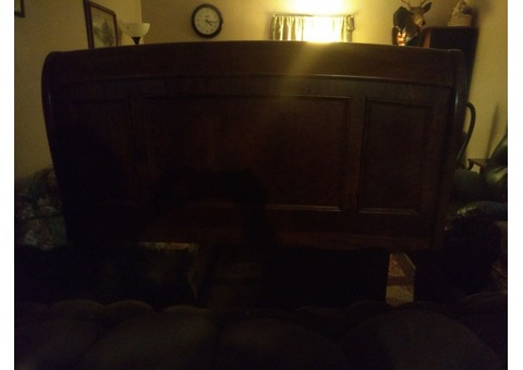 Queen size, Oak sleigh bed, with matching nightstands